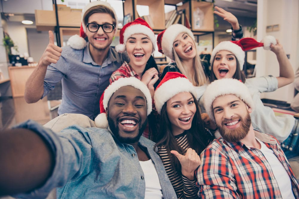 Weekend Roundup: Office Christmas Party No-nos, Why People Quit, and More