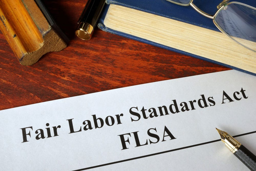 Weekend Roundup: Retail Drug Testing, FLSA Overtime Rules, and Jobsite Immigration Enforcement